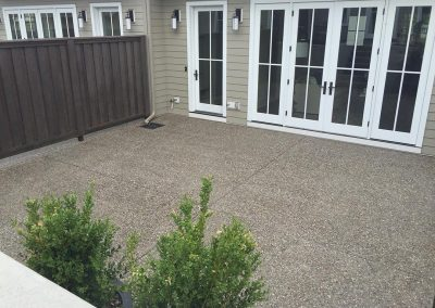 seventeen-exposed-aggregate-patio