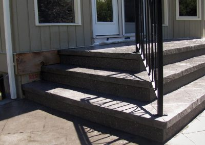 thirty-stamped-concrete-steps